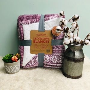 Berkshire Decorative Blanket (PM_B52)